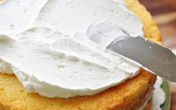 Cách làm bánh kem sinh nhật đẹp - cách làm bánh gato bằng nồi cơm điện