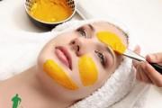 Cách làm trắng da mặt bằng mặt nạ nghệ, nha đam và mật ong
