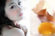 Cách làm trắng da mặt tự nhiên bằng mặt nạ trứng gà