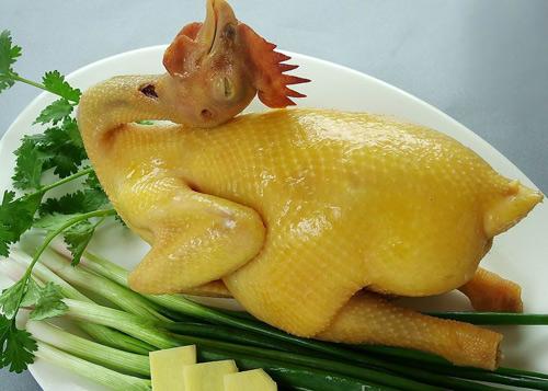 Cách làm gà cúng đẹp - cach luoc ga
