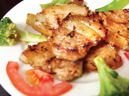 cá om dưa - Thịt ba chỉ chín vàng