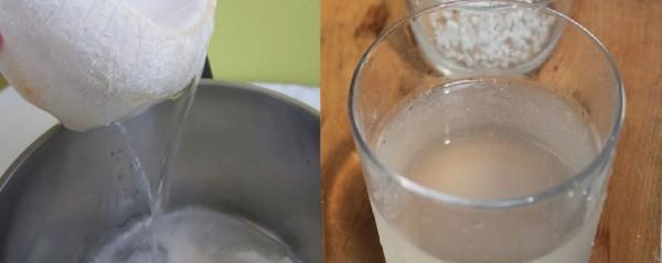 Cách làm thạch rau câu ngon - lấy khoảng 500 ml nước dừa tươi nguyên chất