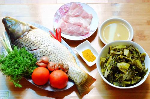 Nguyên liệu cần chuẩn bị để nấu món cá chép om dưa