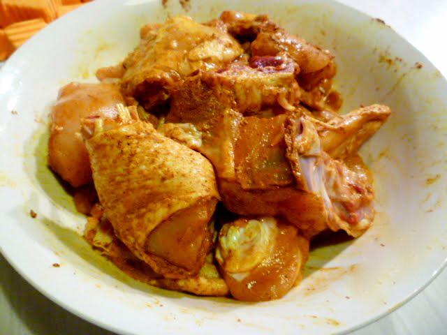 cari ga - Ướp gà trong 20 phút cho ngấm gia vị