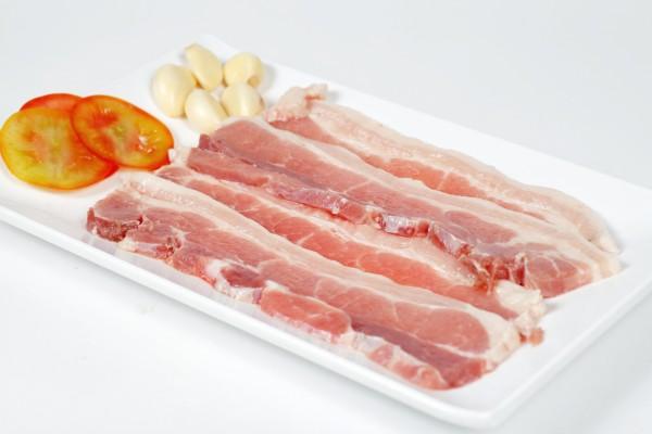 cách ướp thịt nướng ngon- Thịt ba chỉ nướng rất được ưa chuộng