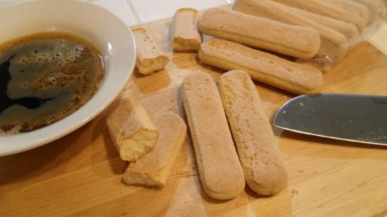 Cách làm bánh tiramisu ngon tuyệt tại nhà - cách làm tiramisu