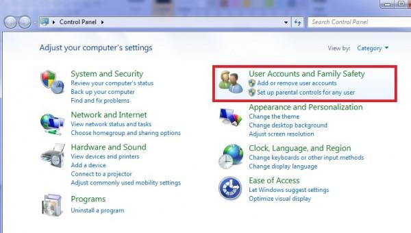 Cách đặt mật khẩu máy tính - Chọn vào User Account