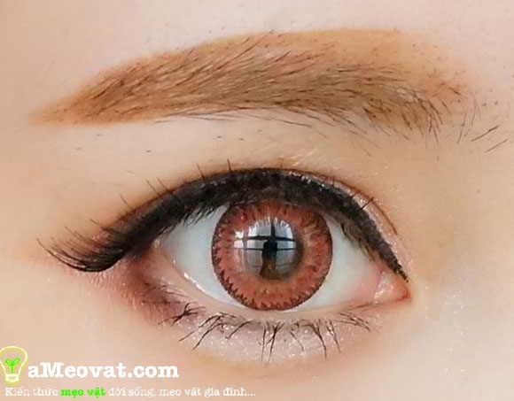 Cách trang điểm mắt nhẹ nhàng - Hoc cach trang diem cho mắt