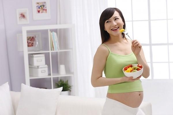 Tình trạng nghén ngẩm – dấu hiệu mang thai bé trai rõ rệt nhất