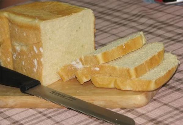 Bánh có thể ăn thô trực tiếp hoặc kẹp nhân - bánh sandwich