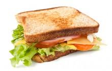 Bánh mì sandwich kẹp cho năng lượng cả ngày