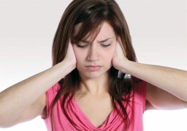 Cách chữa nấc bằng cách bịt chặt tai - cách trị nấc cụt