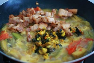 Ốc nấu chuối đậu - Oc nau chuoi