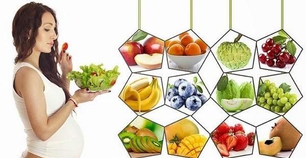Trái cây tươi cũng là loại thực phẩm không thể thiếu - mẹ bầu nên ăn gì