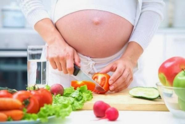 Bà bầu nên ăn gì để sinh con khoẻ mạnh, thông minh? - ba bau nen an gi