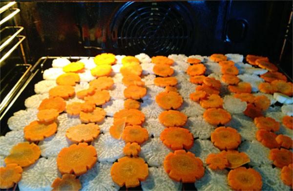 Sấy khô cà rốt và củ cải - cách làm dưa món ngon