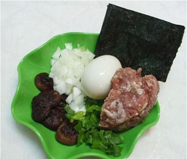 Các nguyên liệu cần thiết - cách làm trứng cuộn