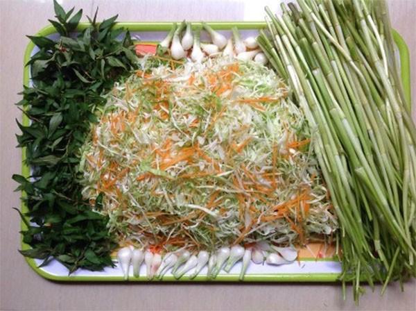 Các nguyên liệu cần có để muối dưa bắp cải - cách muối dưa bắp cải