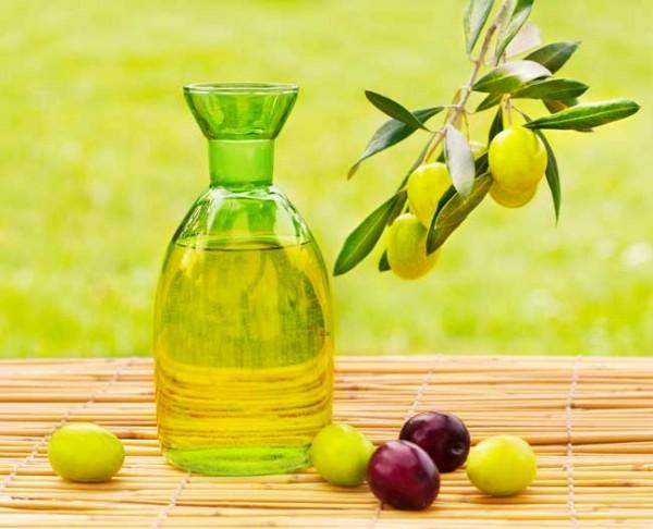 Công dụng của dầu oliu giúp kích thích và chữa lành các tổn thương trên da - tac dung dau oliu