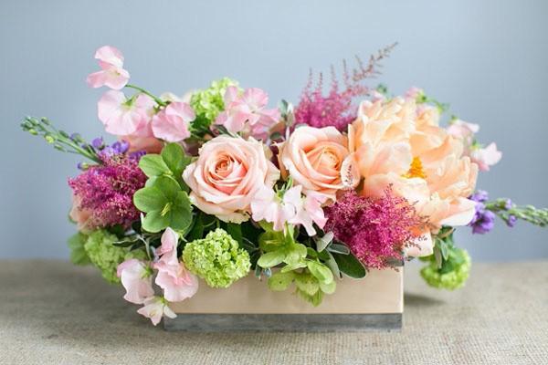 Phong cách cắm hoa tự do - cách cắm hoa để bàn đẹp