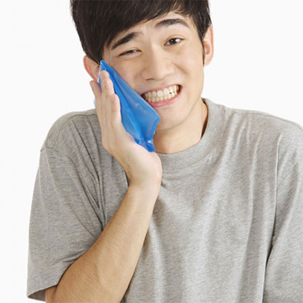 Chữa sâu răng bằng cách chườm đá - cách chữa sâu răng tại nhà
