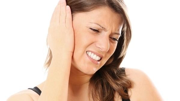 Cách chữa ù tai: 3 mẹo nhỏ không cần dùng đến thuốc - ù tai trái - ù tai phải