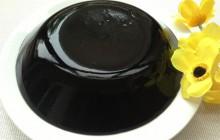 Cách làm thạch đen từ lá thạch mịn ngon tự nhiên