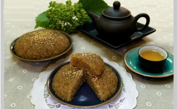 Món chè kho nấu từ gạo nếp