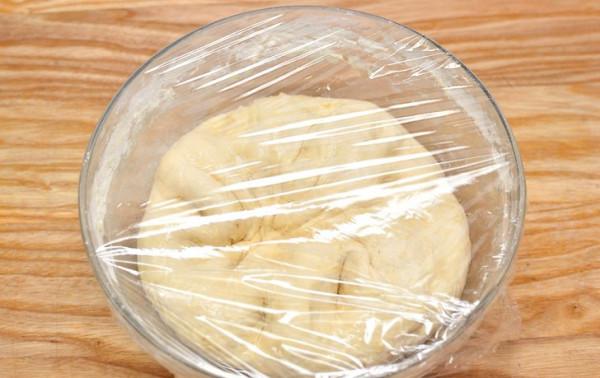 Nhồi và ủ bột - làm quẩy