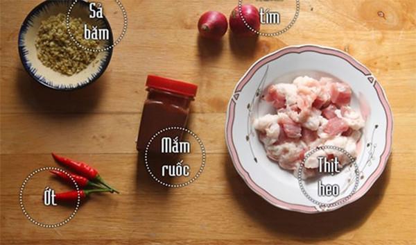 Nguyên liệu chính làm mắm ruốc xào thịt ba chỉ - mắm ruốc xào thịt