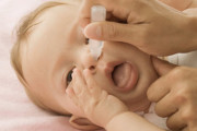 Cách chữa ngạt mũi, nghẹt mũi cho trẻ sơ sinh