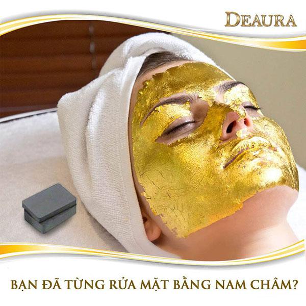 Mặt nạ Cleopatra với thành phần chính là vàng 24 carat giúp đầy lùi lão hóa