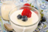 Cách làm sữa chua phô mai dẻo mịn mát lạnh ngày hè