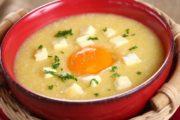 Cách nấu cháo trứng gà ngon nhiều vitamin cho bé