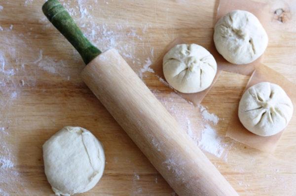 Tạo hình cho bánh bao chay hấp dẫn