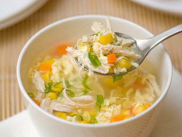 Soup chay thập cẩm đơn giản hấp dẫn