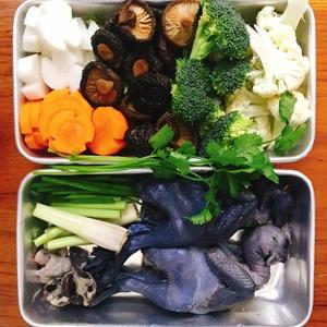 cách làm gà ác nấu rau củ