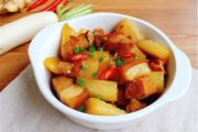 Cách làm thịt ba chỉ kho củ cải thơm ngon, hấp dẫn cho cả gia đình