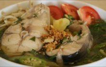 Cách nấu canh chua cá thu thơm ngon, giàu dinh dưỡng cho bữa cơm gia đình