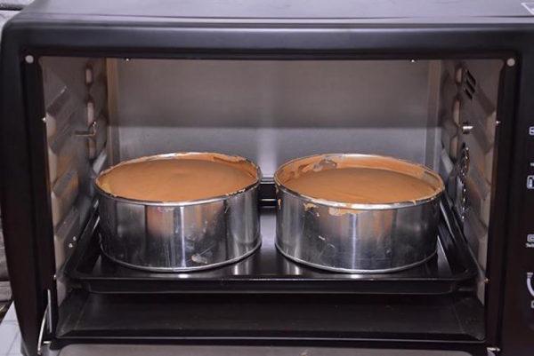 cách làm bánh bông lan dâu tây