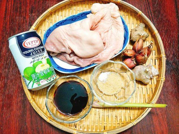 Cách làm dạ dày om nước dừa