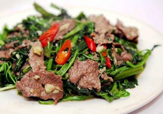 Cách làm thịt trâu xào rau muống