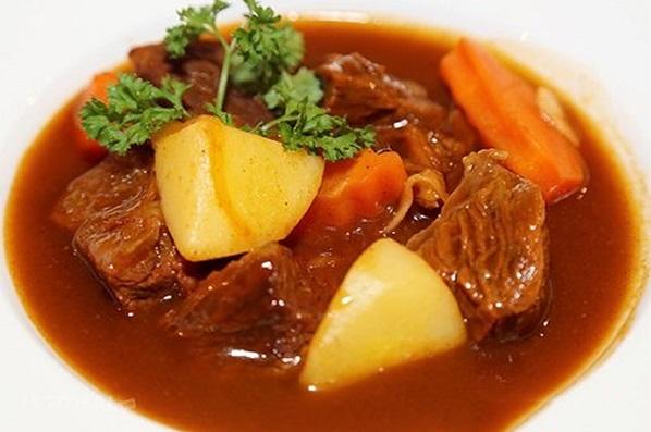 Cách nấu món thịt trâu hầm