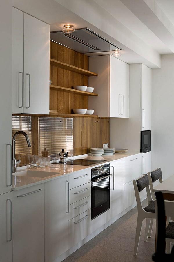 Tủ bếp nhỏ gọn nhưng được tích hợp đầy đủ công năng cần thiết